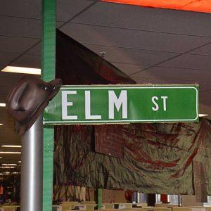 Halloween at work ELM-STREET
